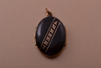 15ct Rose Gold And Black Enamel Victorian Locket