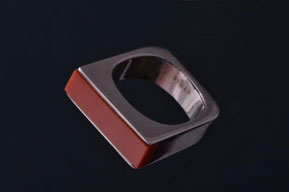 Silver Retro Ring With Coral
