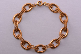 18ct Yellow Gold Vintage Bracelet With Fine Filigree