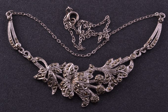 Rhodium Plated 1950's Vintage Necklace With Marcasite
