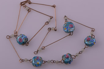 1930's Necklace With Glass Beads