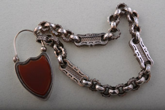 Silver Victorian Chain Bracelet with Carnelian