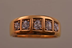 18ct Yellow Gold Victorian 5-Stone Ring With Diamonds