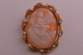 9ct Yellow Gold Victorian Cameo Brooch / Pendant With Pearls