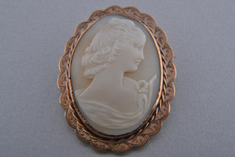 9ct Rose Gold Vintage Brooch With A Carved Cameo