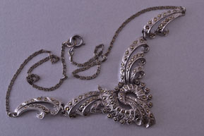 Rhodium Plated Vintage 1940's Retro Necklace With Marcasite