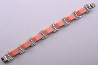 Art Deco Plastic And Chrome Bracelet