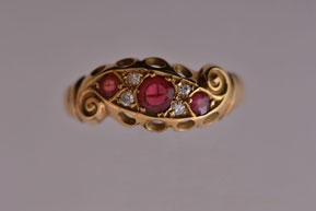 Edwardian 18ct Yellow Gold Ring With Rubies And Diamonds