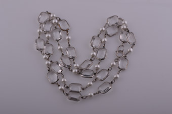 Plastic 1960's Necklace With Faux Crystals & Pearls