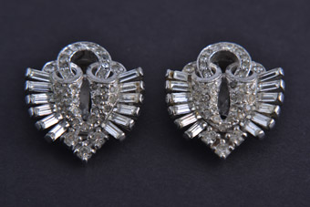 Art Deco Pennino Clip On Earrings With White Paste