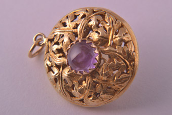 18ct Yellow Gold 1960's Charm With Citrine And Amethyst