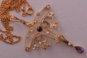 9ct Gold Edwardian Pendant With Amethyst And Pearls