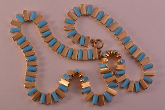 Gilt 1950's Vintage Necklace