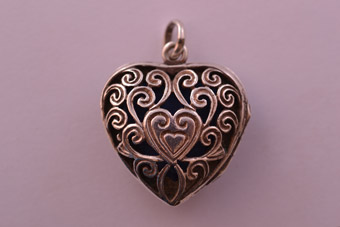 Silver Vintage Opening Heart Locket