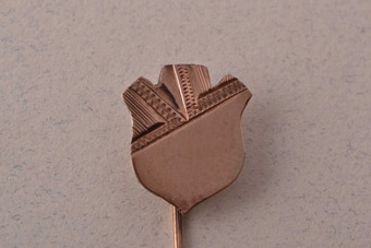 9ct Rose Gold Vintage Shield Stick Pin