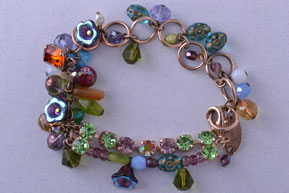 Modern Mariana Bracelet With Beads And Paste