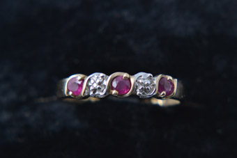 9ct Yellow Gold Modern Ring With Rubies And Diamonds