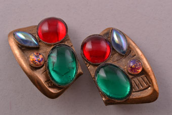 Gilt 1950's Clip On Earrings With Coloured Paste