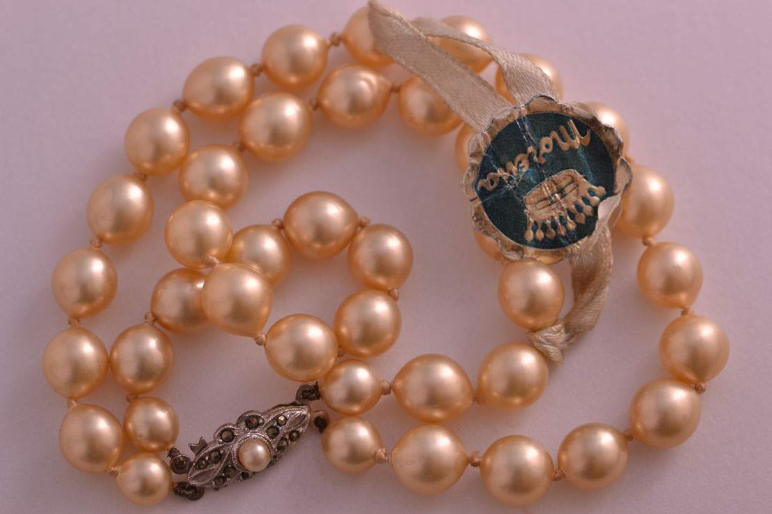 Faux Pearl Vintage Bracelet With Silver And Marcasite Clasp