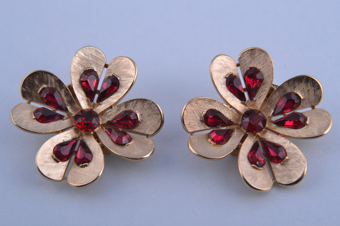Gilt Trifari Flower Clip On Earrings With Red Diamanté