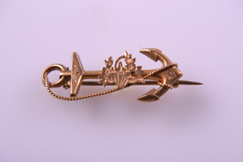 9ct Yellow Gold Victorian Anchor And Flower Brooch
