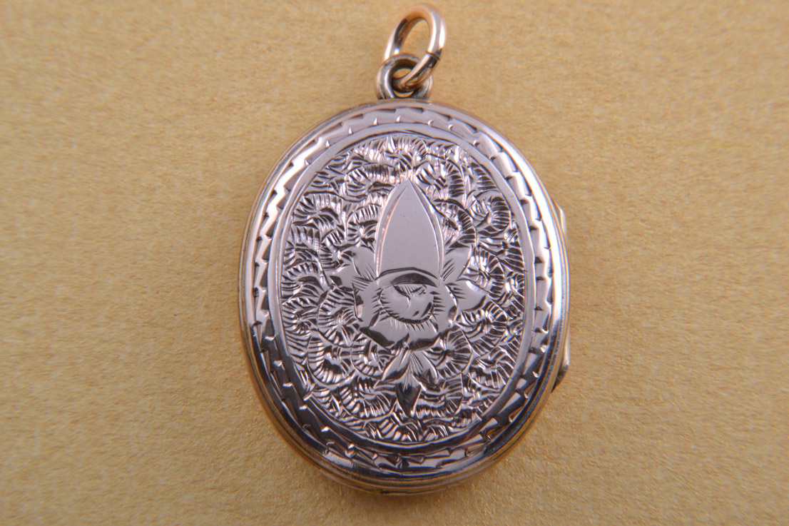 9ct Rose Gold And Enamel Victorian Locket With Engraving