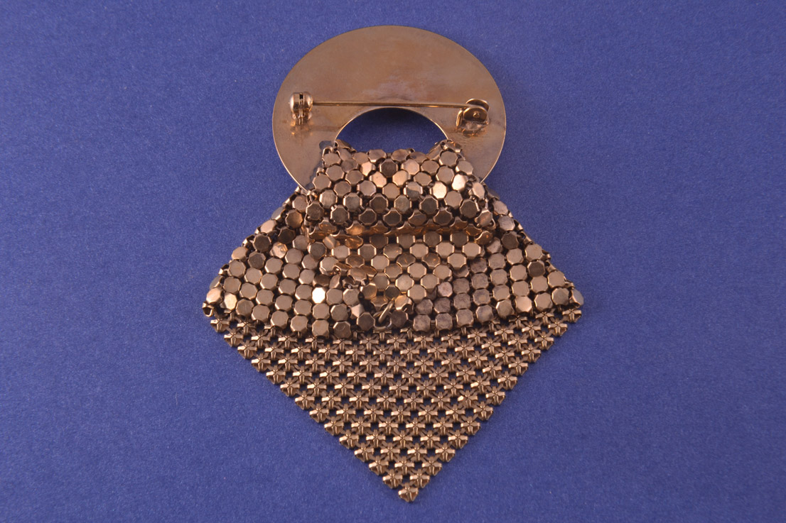 1940 S Set Made From Chainmail Mother Of Pearl And Gilt