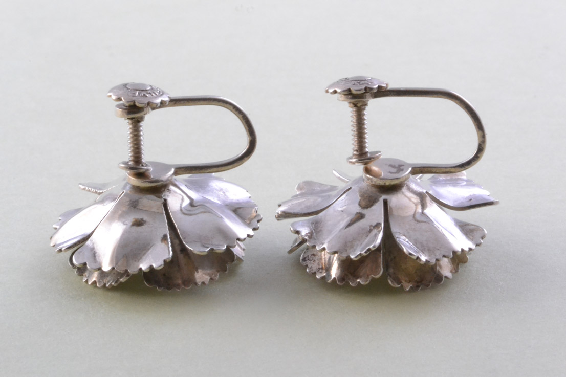 Silver Vintage Screw On Floral Earrings Vintage
