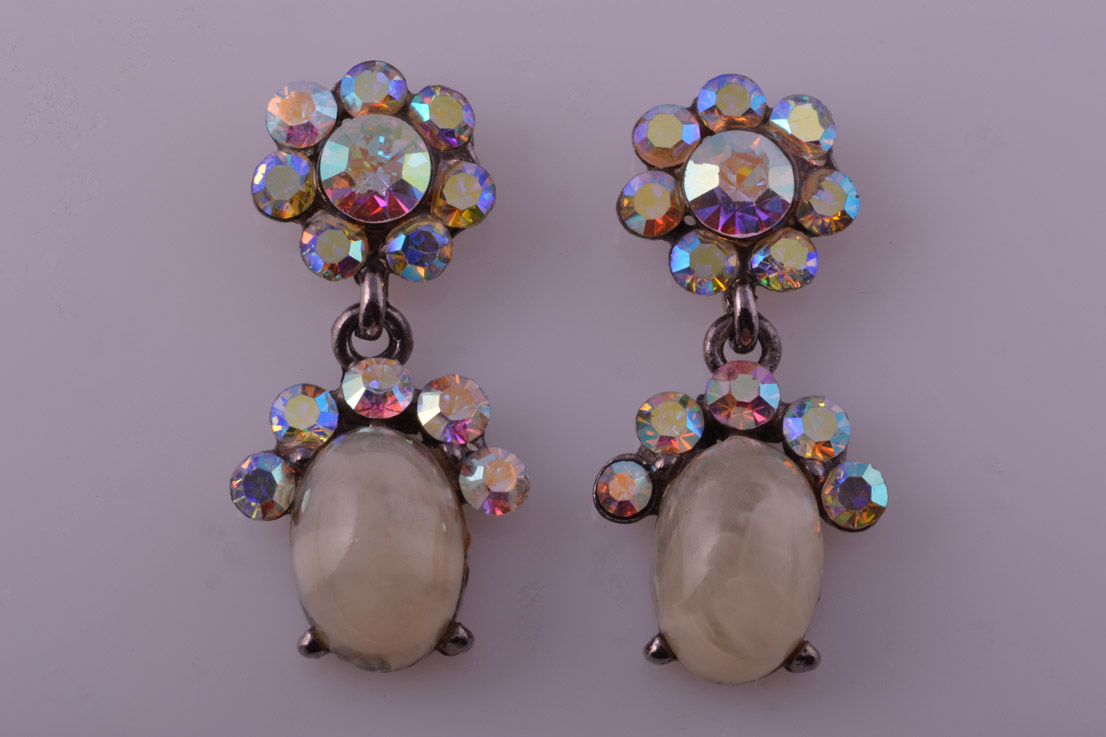 Modern Stud Drop Earrings With Rainbow Paste