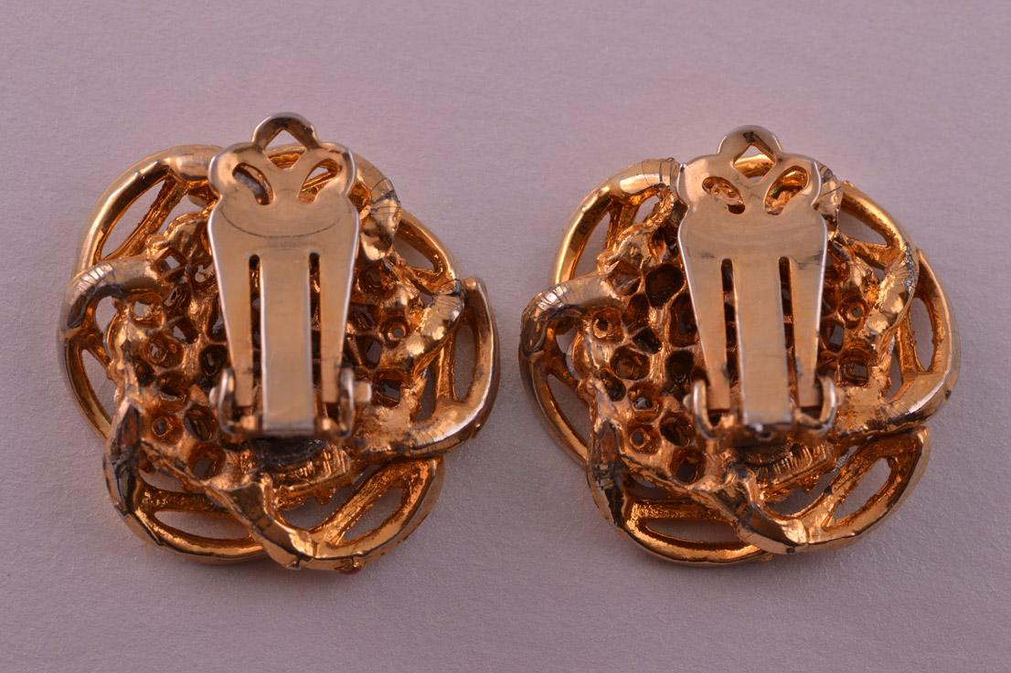 Gilt 1950 S Vintage Clip On Earrings With Rhinestones