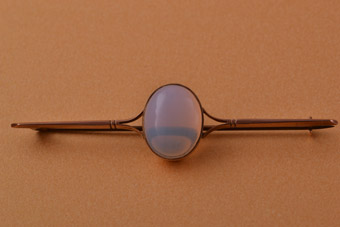 9ct Rose Gold Vintage Brooch With Opaline Glass
