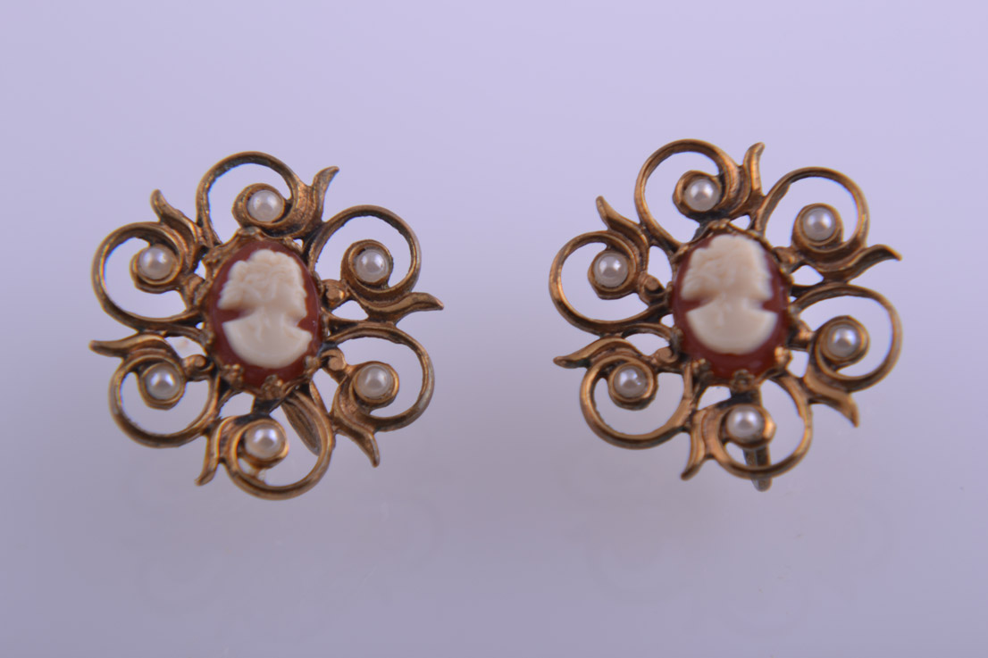 1950's Screw On Earrings With Cameo And Faux Pearls