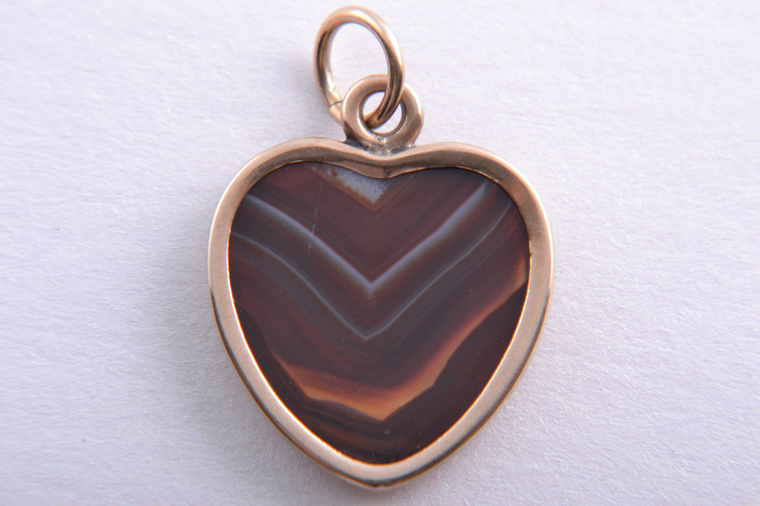 9ct Rose Gold Victorian Heart Charm Pendant With Banded