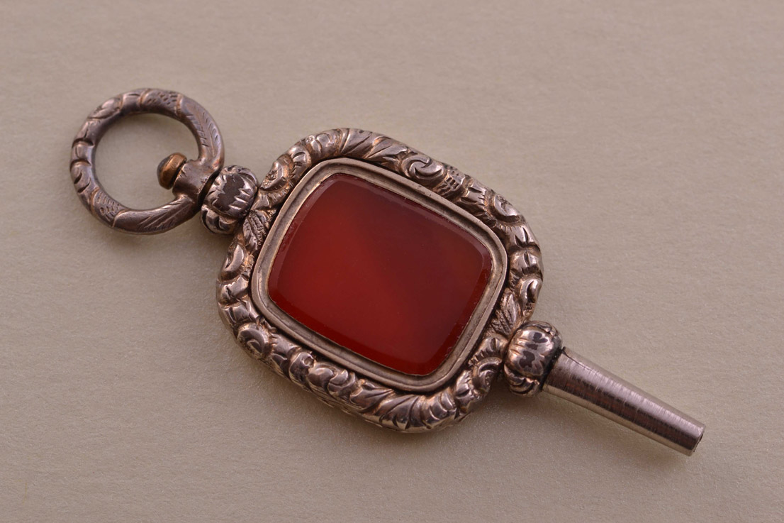 Gold Cased Victorian Watch Key With Carnelian
