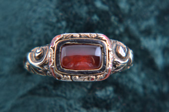 Gold Victorian Ring With Garnet