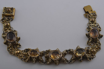 Gilt Israeli Bracelet With Citrine