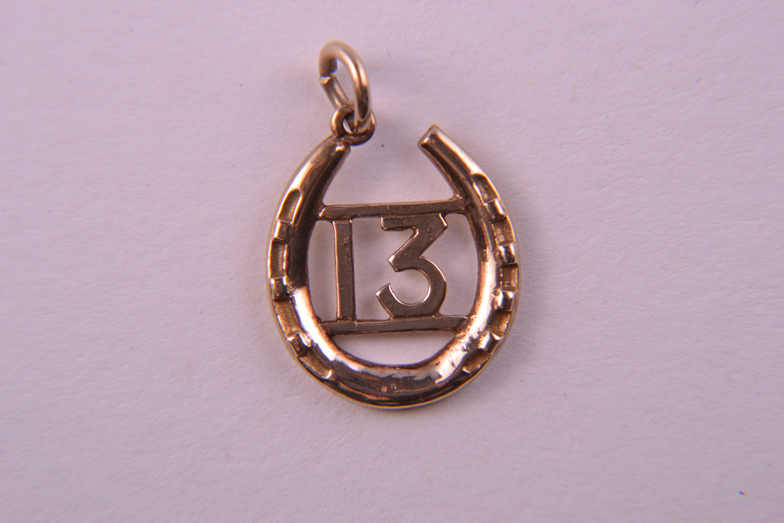 9ct Yellow Gold Lucky 13 And Horse-Shoe Charm