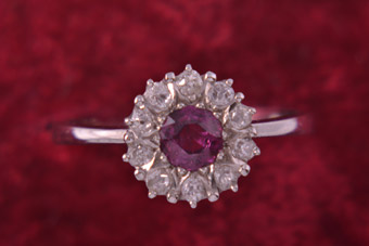 18ct White Gold Ring With A Ruby And Diamonds