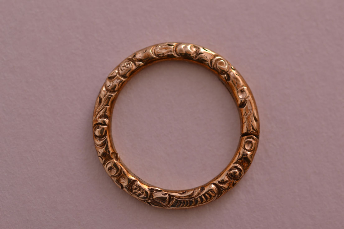 Gold Cased Victorian Split Ring