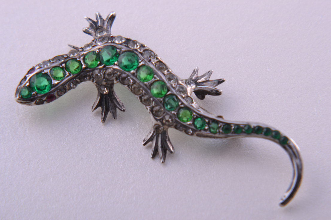 Silver 1920's Lizard Brooch With Diamanté