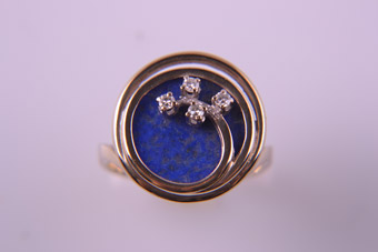18ct Yellow Gold 1960's Retro Ring With Lapis Lazuli And Diamonds