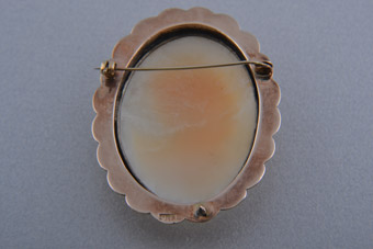 9ct Gold Vintage Brooch