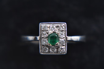 18ct White Gold Vintage Ring With Emerald And Diamonds
