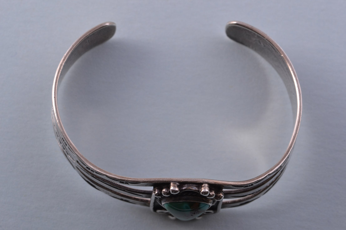 Silver Native American Navajo Cuff Bangle With Turquoise