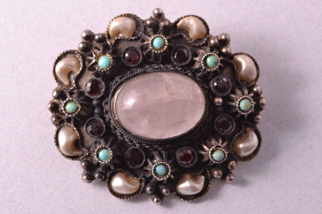 Brooch With Rose Quartz Faux Pearls Garnets And
