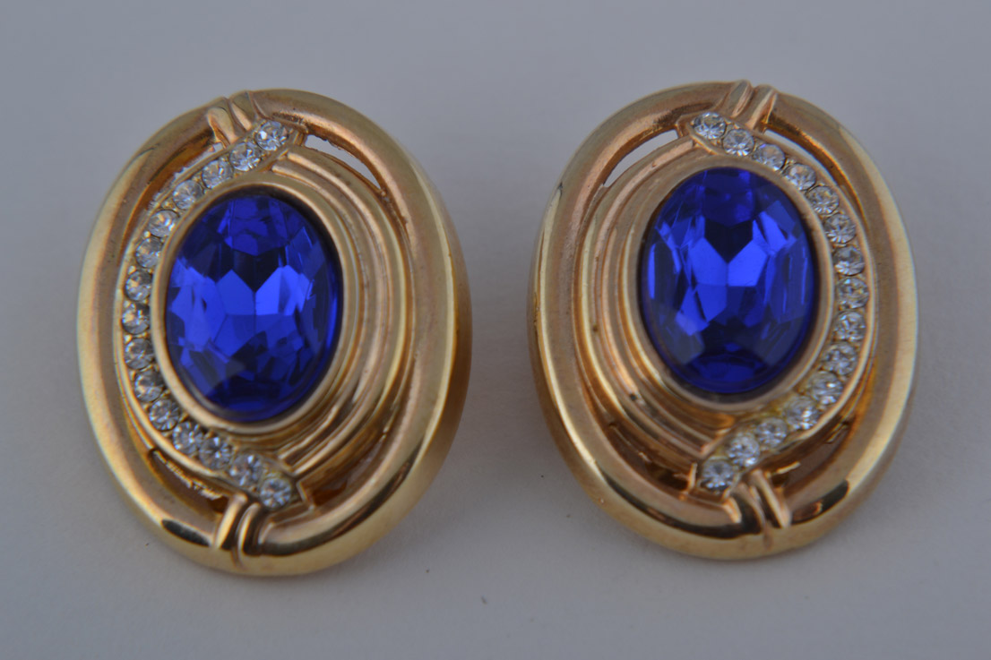 Gilt 1980's Clip On Earrings With Blue Stone And Diamanté
