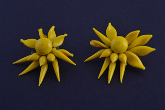 Glass 1950's Flower Clip On Earrings
