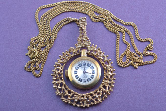 Gilt Retro Pendant/Watch