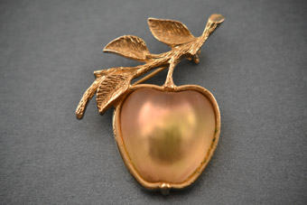 Gilt Vintage Apple Brooch