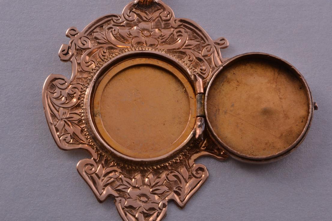 9ct Rose Gold Edwardian Pendant Locket Antique